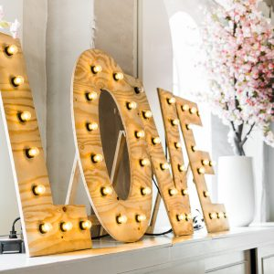 Lichtletters verhuur bruiloft
