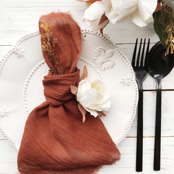 servet terracotta gaas roest