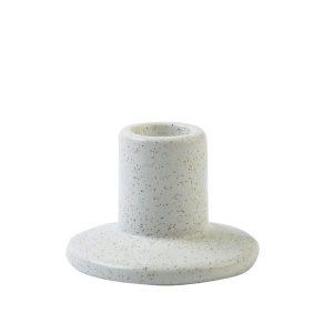 Kandelaar naturel wit gespikkeld laag voor de kaarsen op je dinertafel
